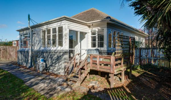 002 Open2view ID344232 589 Ferry Road Woolston Christchurch