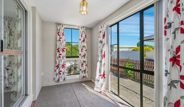 007 Open2view ID444822 1 220 Waimairi Road