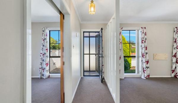 008 Open2view ID444822 1 220 Waimairi Road