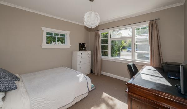 010 Open2view ID335571 139 Idris Road Bryndwr Christchurch