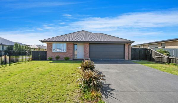 012 Open2view ID421708 77 Newman Road Rolleston
