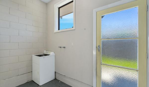 012 Open2view ID444822 1 220 Waimairi Road