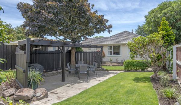 013 Open2view ID331631 Skerton Avenue 45