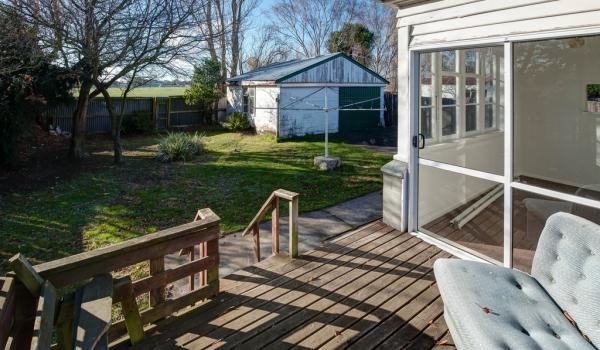 013 Open2view ID344232 589 Ferry Road Woolston Christchurch