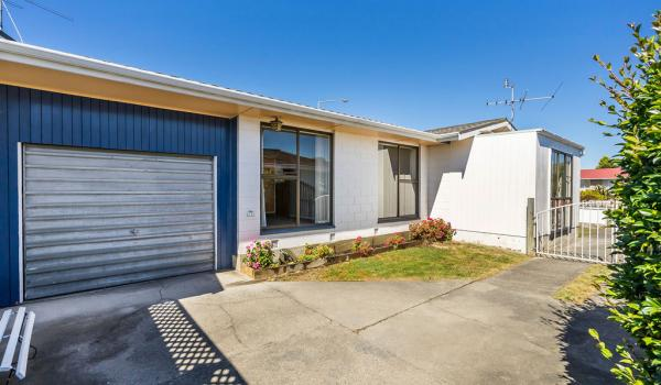 013 Open2view ID444822 1 220 Waimairi Road