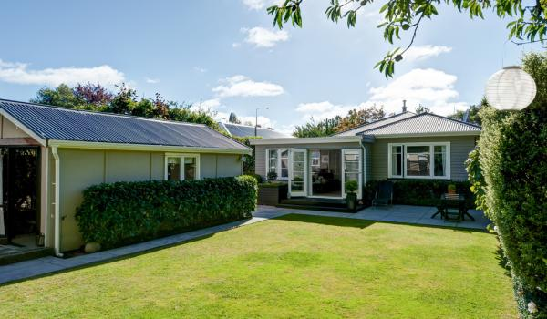 015 Open2view ID335571 139 Idris Road Bryndwr Christchurch