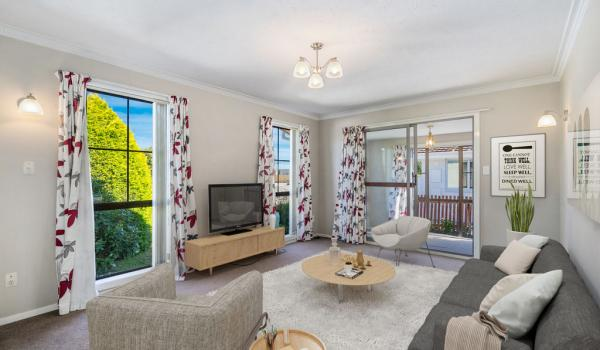 017 Open2view ID444822 1 220 Waimairi Road