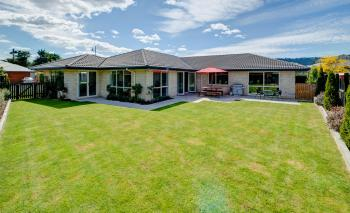 016 Open2view ID327635 16 Holbrook Way Westmorland Christchurch