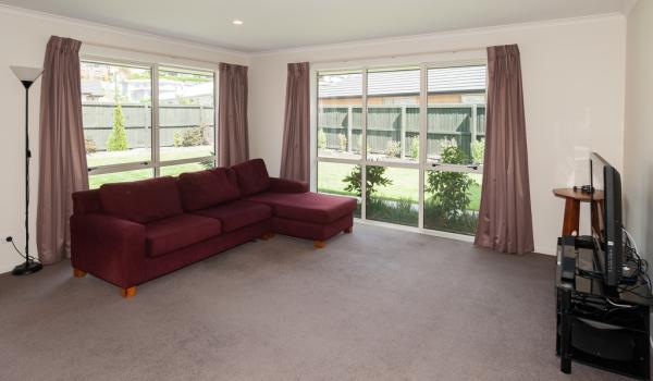 005 Open2view ID327635 16 Holbrook Way Westmorland Christchurch