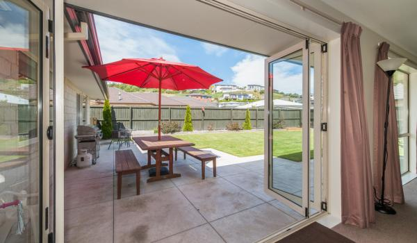 006 Open2view ID327635 16 Holbrook Way Westmorland Christchurch
