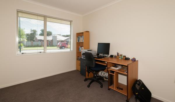 011 Open2view ID327635 16 Holbrook Way Westmorland Christchurch