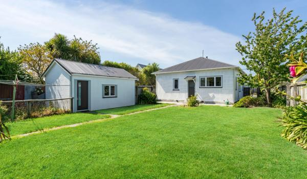 014 Open2view ID436721 47 Redruth Avenue