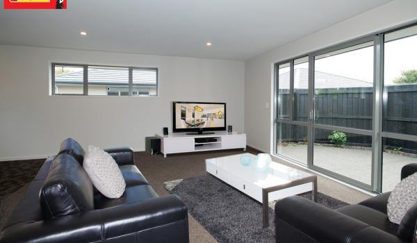 016 Open2view ID339775 353 Gloucester Street Linwood Christchurch