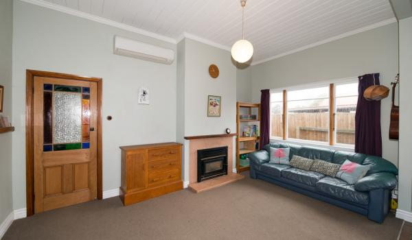 025 Open2view ID348882 10 Gibbon Street Sydenham Christchurch